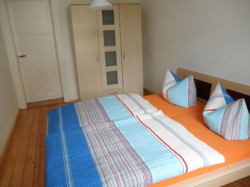 Ferienwohung Dresden Altpieschen - Schlafzimmer 1