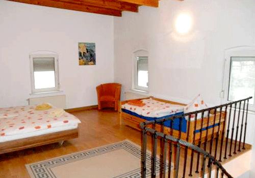 dresdencottawest-schlafzimmer1